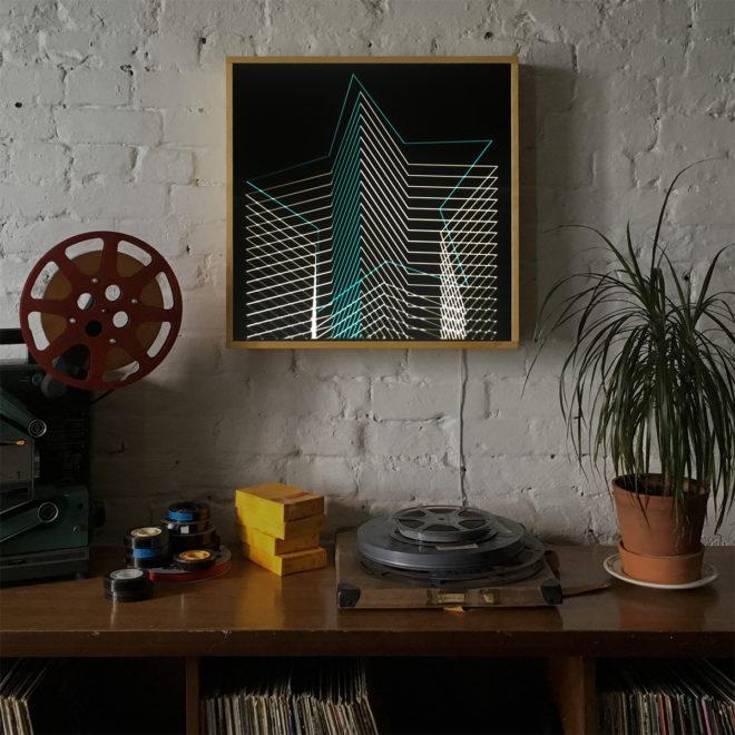 Blue Star – Graphic Line Art Optical Illusion – 20×20 Lightbox by Mini-Cinema / Hugo Cantin