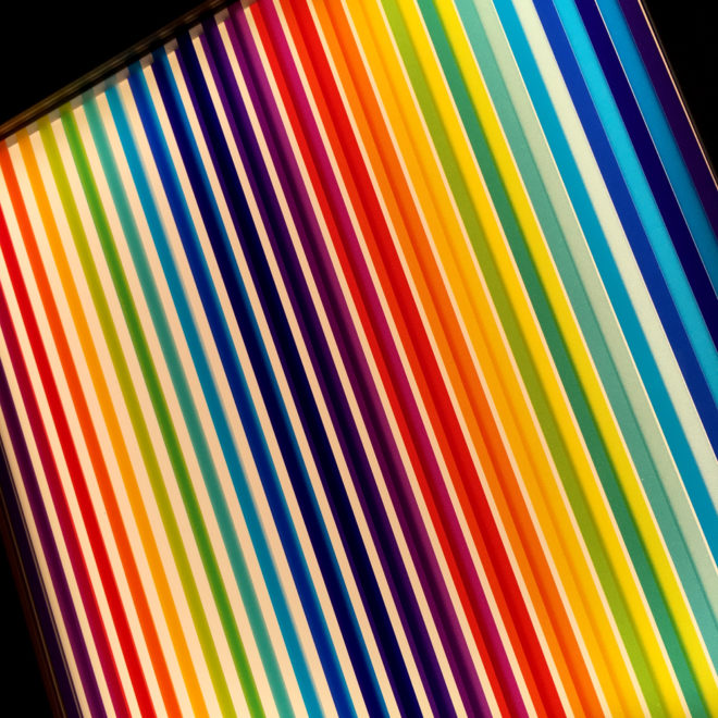 Prismacolor #1 Rainbow Optical Effect - 12×12 Lightbox by Mini-Cinema (Detail 1)