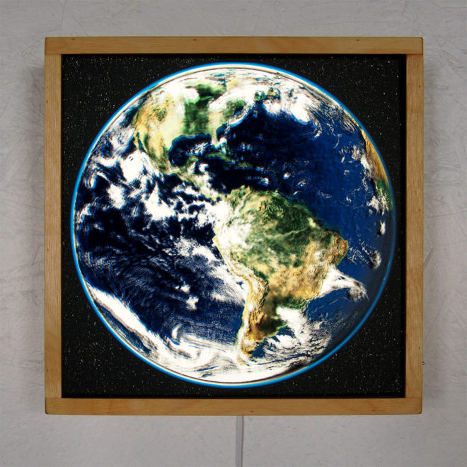 Planet Earth from Space Americas – 12x12 Led Lightbox